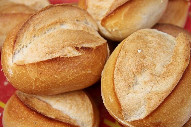bread-3467243_640